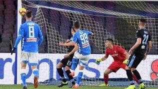 Napoli a -6 dalla Juve: Lazio battuta 2-1