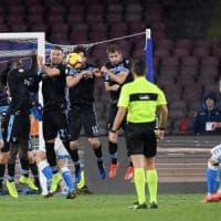 Napoli-Lazio 2-1, Callejon si sblocca, poi magia di Milik. Azzurri a -6