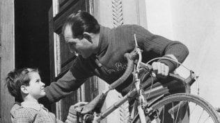 """La nipote di Bartali: """"Nascondeva documenti nei tubi della bici, così mio nonno salvò 800 ebrei"""""""