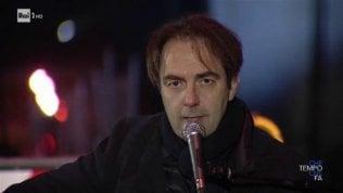'Marinella' live sotto il Ponte Morandi: la versione di Marcorè