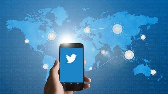 Twitter, un baco ha reso leggibili i tweet privati degli ute
