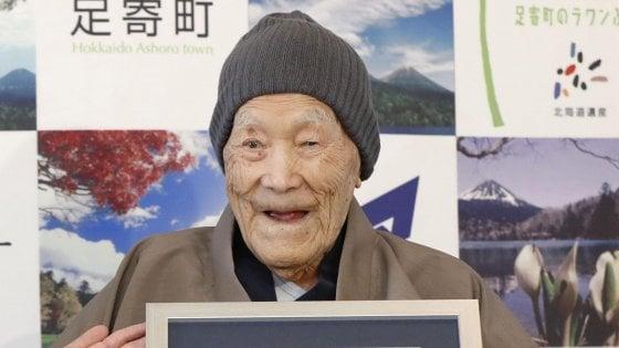 Addio a Masazo Nonaka: il 'nonno' giapponese più vecchio del mondo è morto a 113 anni