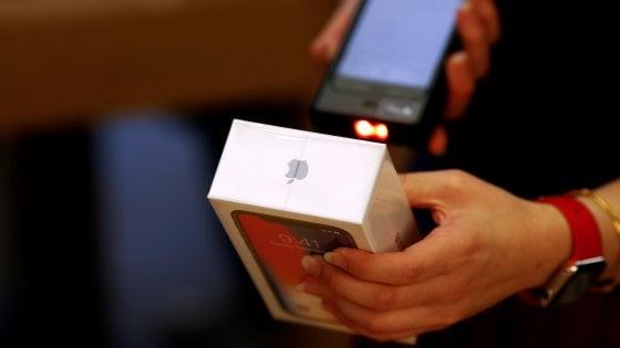 Apple: batteria, display e foto saranno il punto forte del prossimo iPhone