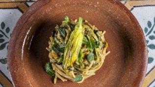 Una spremuta di Sud in 60 ricette: dalla parmigiana bianca agli spaghetti alla Nerano