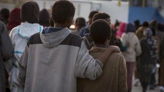 """Oms: """"Sui migranti falsi miti, non portano malattie"""""""