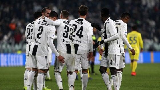 Juventus-Chievo 3-0: i bianconeri rimandano il Napoli a -9. Ronaldo sbaglia un rigore