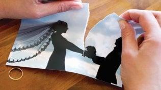 Divorzio, niente assegno a chi convive con un altro?