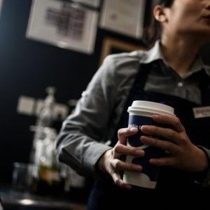 Starbucks, test finito: si allarga il servizio a domicilio con Uber