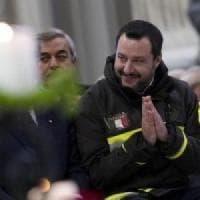 Matteo Salvini e le divise sgradite: aumentano le proteste per i travestimenti del...