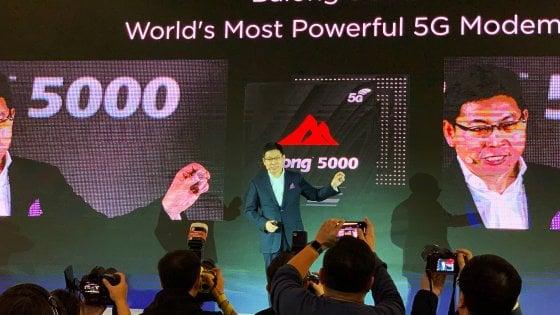 Huawei lancia il 5G. E lo smartphone pieghevole in arrivo fr