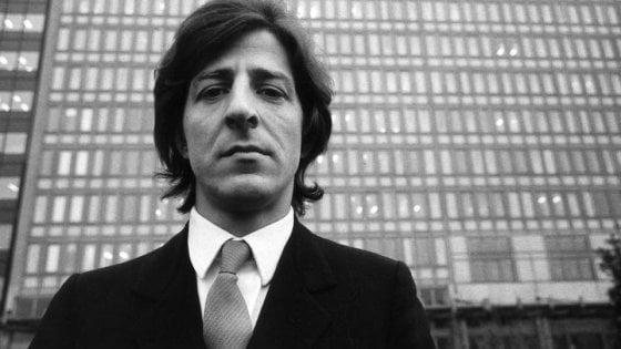 giorgio gaber  Quel magnifico naso di Giorgio Gaber: oggi il Signor G. avrebbe ...