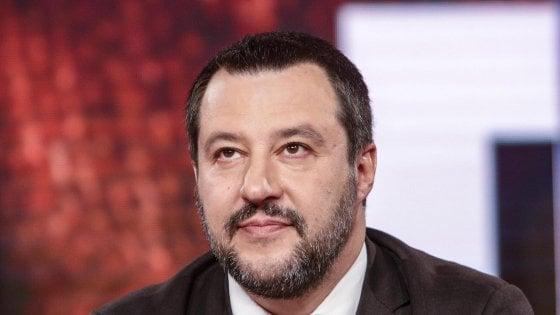"""Diciotti, Matteo Salvini: """"Sono tentato di dire andiamo avanti: processatemi"""""""