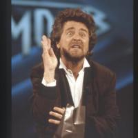 La Rai paga 30mila euro a Grillo per i suoi sketch in prima serata