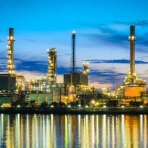 Impianto di raffinazione Adnoc negli Emirati Arabi Uniti