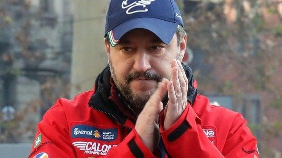 """Salvini aizza i fan contro lo scrittore Giuseppe Genna: """"Gli intellettualoni pro-Battisti ora firmano contro di me"""""""