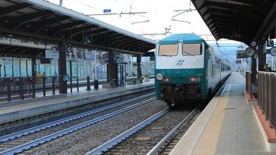 L'allarme di Legambiente: Nel 2019 si rischia un taglio dei treni regionali