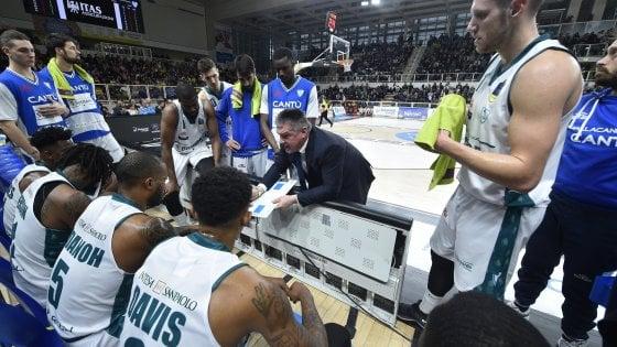 Basket, Cantù resta senza allenatore: Pashutin 'fugge' in Russia