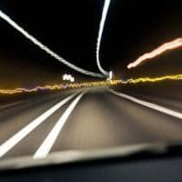 Auto a guida autonoma, così l'intelligenza artificiale impara dai cattivi piloti