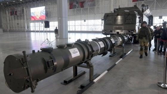 """Nucleare Usa-Russia, Pompeo: """"Da domani sospendiamo il trattato sulle armi nucleari"""""""