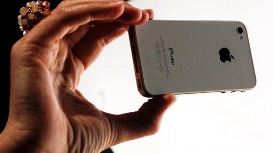 Battaglia alla Silicon Valley, Apple blocca un'app di Facebook