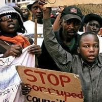 Africa, la lotta alla corruzione ancora una chimera: i meno corrotti sono alle Seychelles, la maglia nera alla Somalia