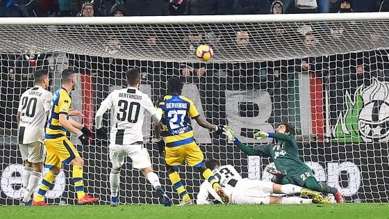 Juventus-Parma 3-3: Ronaldo ne fa due, ma in extremis Gervinho