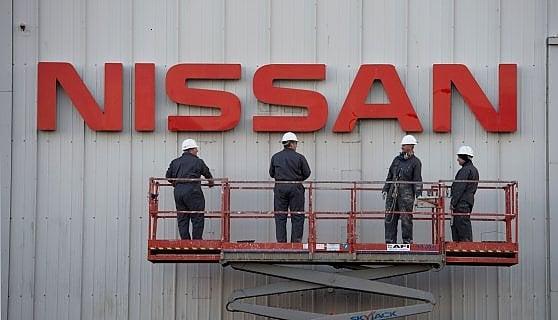 Brexit la Nissan lascia Londra