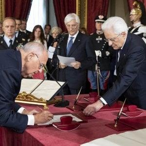 Paolo Savona firma come ministro