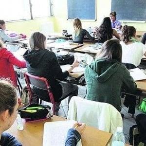 Scuola, i docenti italiani guadagnano la metà dei tedeschi. Studio Cisl su dati Ocse: siamo sotto la media Ue di 9.000 euro