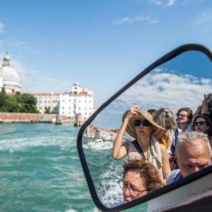 Venezia, dal 2022 bisognerà prenotare l'ingresso in città