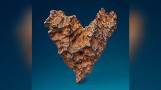 San Valentino, all'asta un meteorite a forma di cuore
