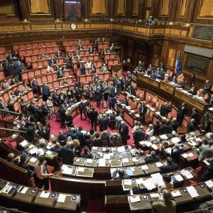 Riforme al senato inizia la discussione sul taglio dei for Discussione al senato oggi