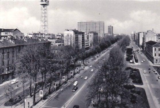 Corso Sempione in una foto d'epoca: fu inaugurato nel 1952