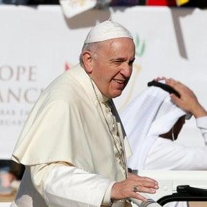 """Il Papa ammette: """"Abusi sulle suore da parte dei preti, impegno a fare di più"""""""