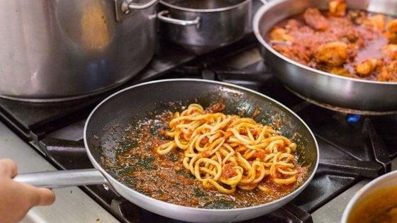Pici all'aglione: 5 indirizzi per raccontare la cucina della memoria toscana