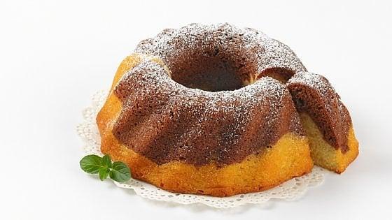 Ciambellone bicolore alla vaniglia e cacao: la ricetta perfetta