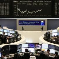 Borse Ue in calo dopo le stime Ue. Lo spread schizza a 280 punti