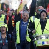 I gilet gialli italiani alla prova della piazza, tra ultrà sovranisti ed ex forzisti