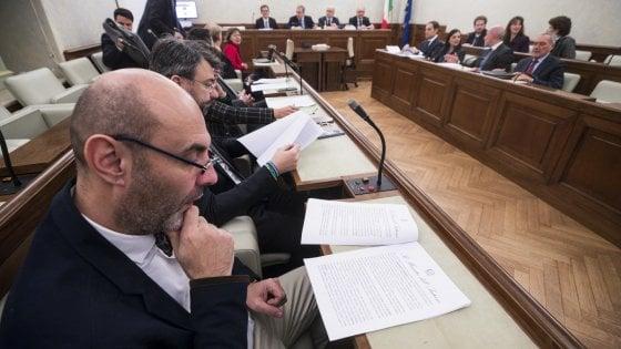 """Diciotti, Conte blinda Salvini: """"Ho condiviso le decisioni sullo stop allo sbarco"""". Il voto entro il 20 febbraio"""