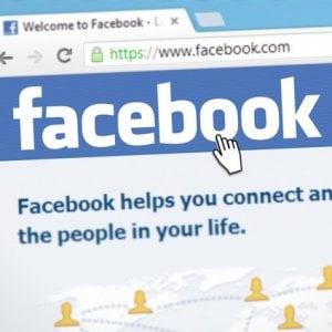 Facebook, la Germania limita raccolta dati degli utenti