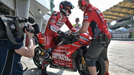 MotoGp, test Sepang: Petrucci il più veloce e dominio Ducati