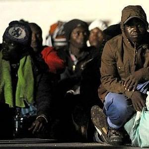 Confine Francia-Spagna, l'incessante circolo di respingimenti e i trafficanti sono l'unica speranza