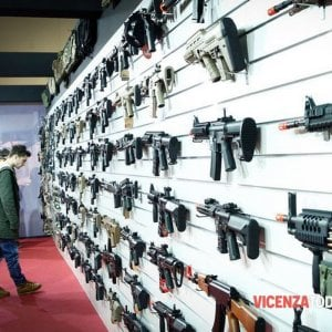 Armi e delitti: legittima difesa, ma per quale sicurezza?