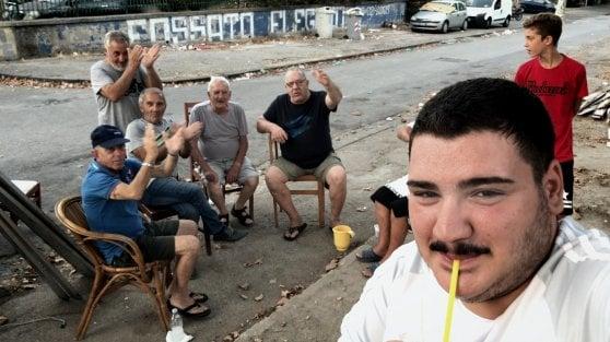 """'Selfie', amicizia e camorra nel cellulare. Il regista: """"Gli attori, il realismo che fa impallidire i sociologi"""""""