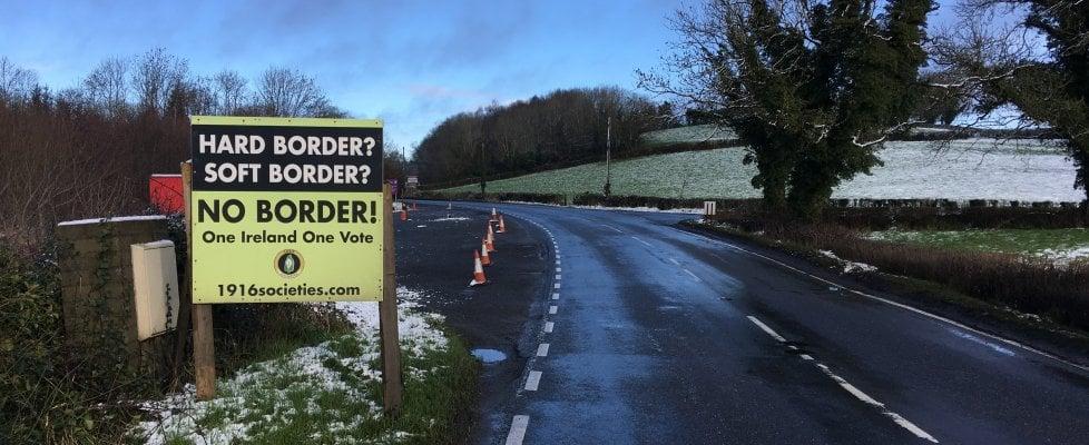Brexit, viaggio ai confini dell'Irlanda