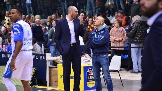 Basket, Sassari: si dimette Esposito, Pozzecco nuovo allenatore