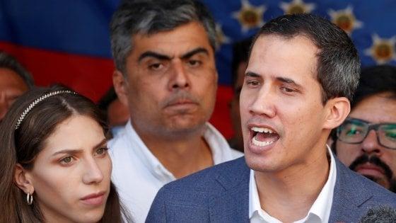 """Venezuela, lettera di Guaidò: """"Sconcertati dalla posizione dell'Italia"""""""