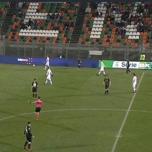 Serie B, Venezia-Lecce 1-1: Palombi risponde a Citro