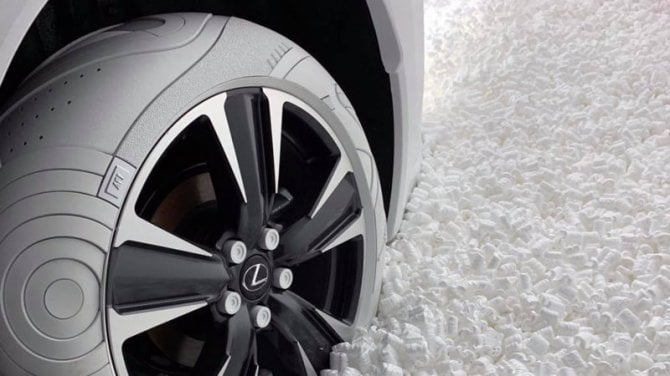 Si ispirano alle Nike i nuovi pneumatici bianchi