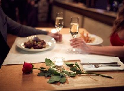 A tavola con l'amore: San Valentino in cucina con il partner